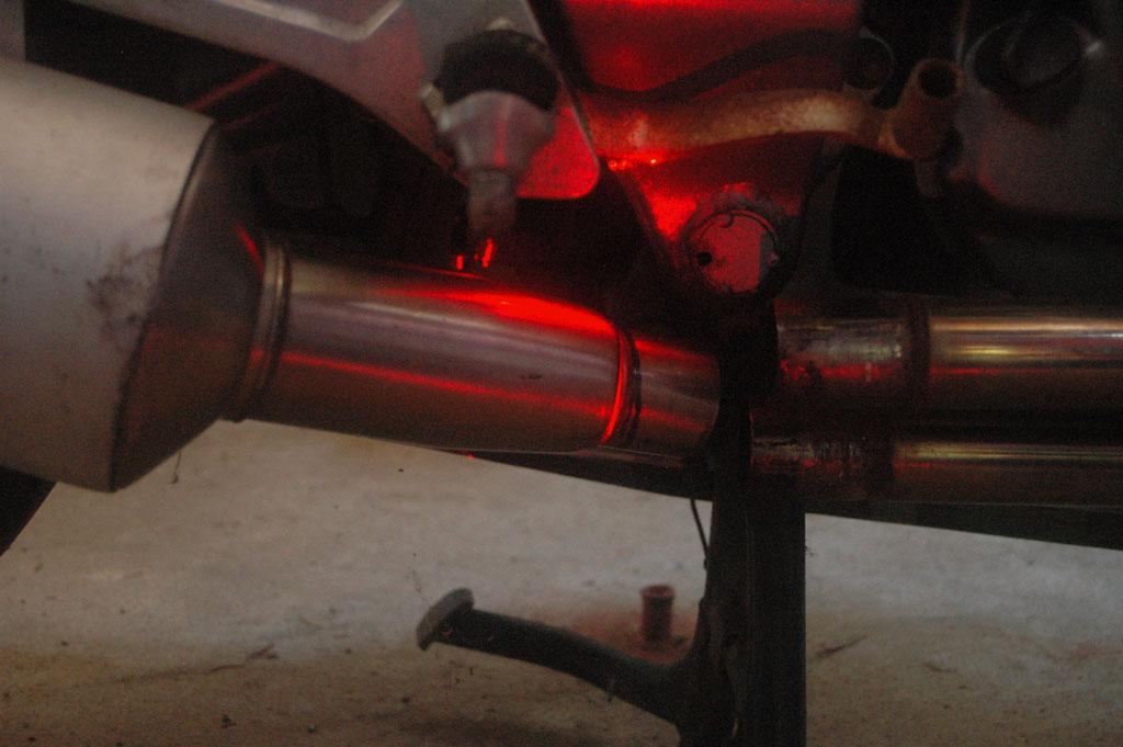NTV - Adaptation Echappement Ducati/Austin ... Coupe08
